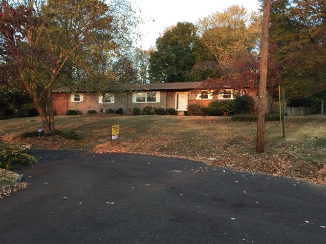 8241 Westminster Ln, Knoxville, TN 37909