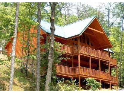 957 High Mountain Way Gatlinburg, TN MLS# 899547