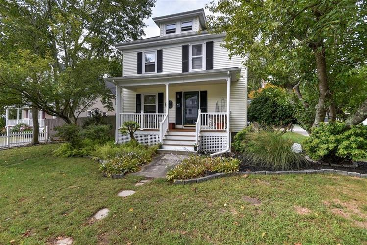 18 Overlook Avenue, Brockton, MA 02301