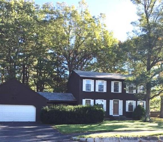 1 Millbrook Dr, Plainville, MA 02762