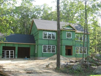 8 Acorn Lane  Sturbridge, MA MLS# 72059849