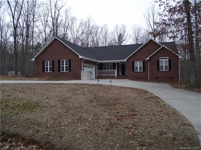 149 Poplar Leaf Ln, Statesville, NC 28625