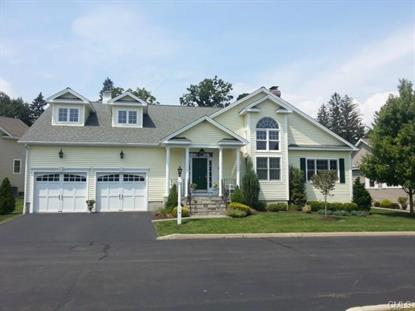 17 Winding WAY Trumbull, CT MLS# 99075090