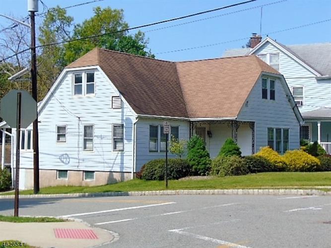 74 Elm Rd, Caldwell, NJ 07006