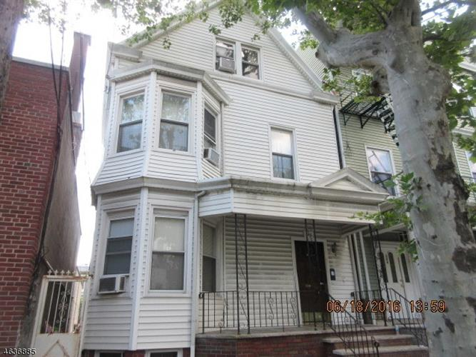 348 Lafayette St, Newark, NJ 07105