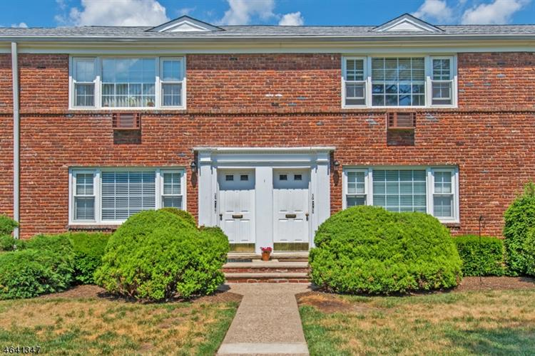 666 Bloomfield Ave # 27, West Caldwell, NJ 07006