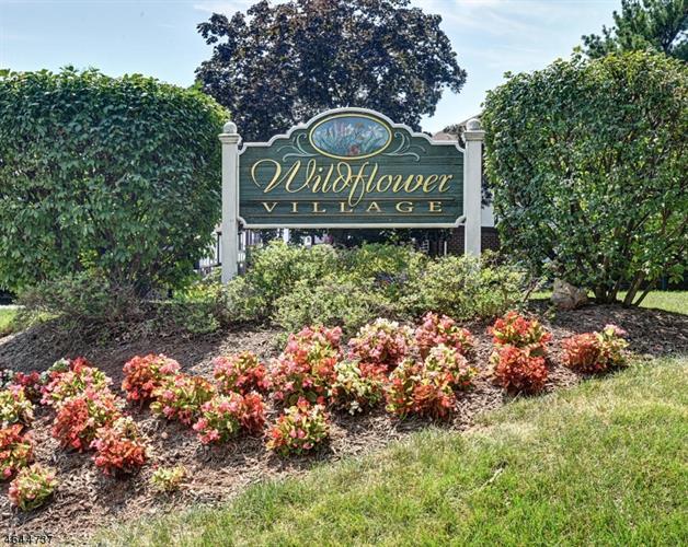 70 Farm Rd, Hillsborough, NJ 08844