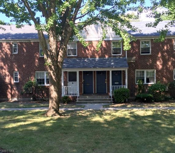 61 Clark Ct, Rutherford, NJ 07070
