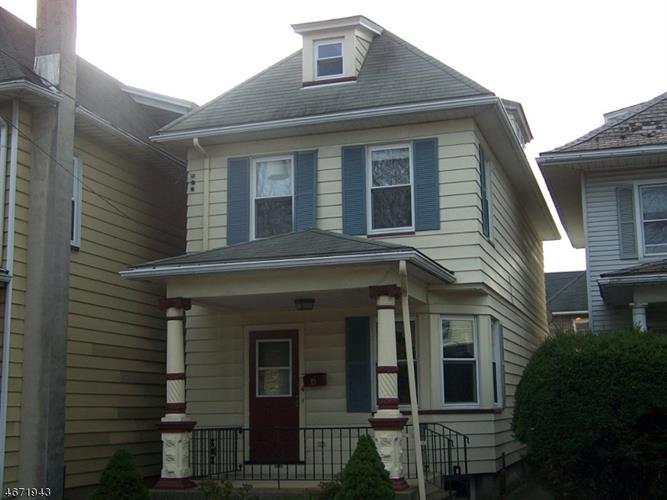 4 Lewis St, Phillipsburg, NJ 08865