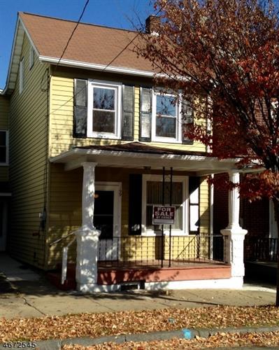 199 Lewis St, Phillipsburg, NJ 08865