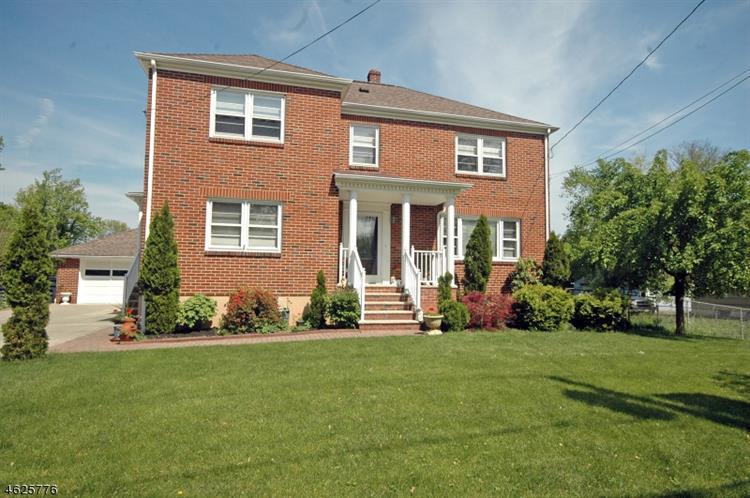 119 Leghorn Ave, Bridgewater, NJ 08807