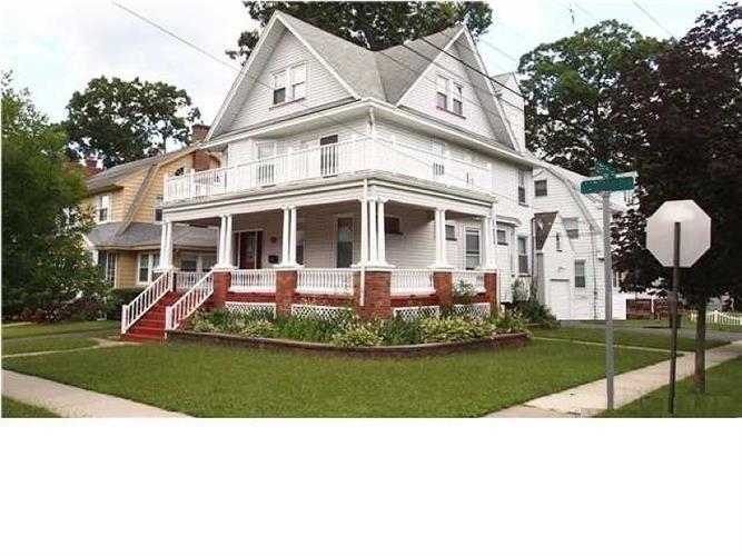 35 Morse Ave, Bloomfield, NJ 07003