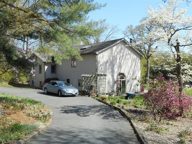37 Upper Mountain Ave, Montville Township, NJ - USA (photo 1)