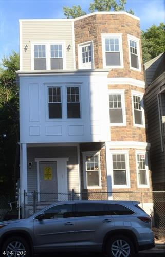 16 Fabyan Pl, Newark, NJ - USA (photo 1)