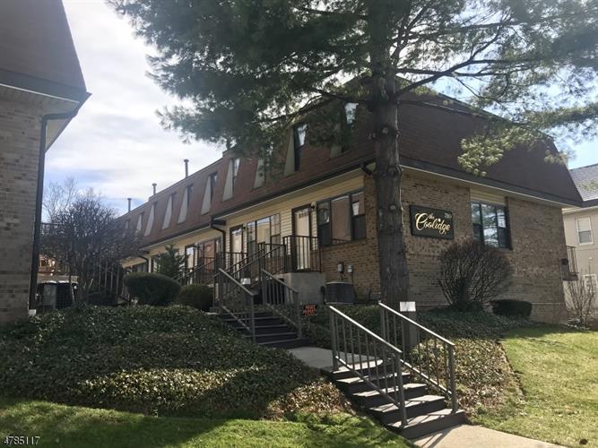 350 E Westfield Ave 12, Roselle Park, NJ - USA (photo 1)