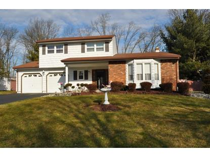 11 LONDON DR , East Brunswick, NJ