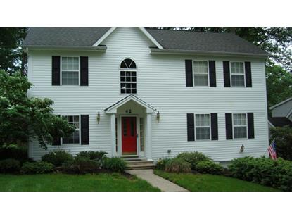42 Lakeview Terrace , Watchung, NJ