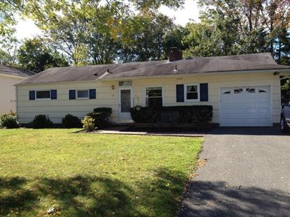 13 Alcott Dr , Livingston, NJ