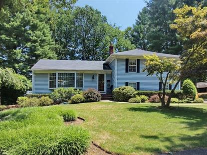 5 Birchwood Dr , Livingston, NJ