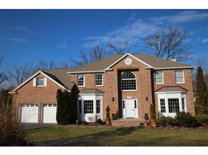 93 Grover Ln W, West Caldwell, NJ 07006