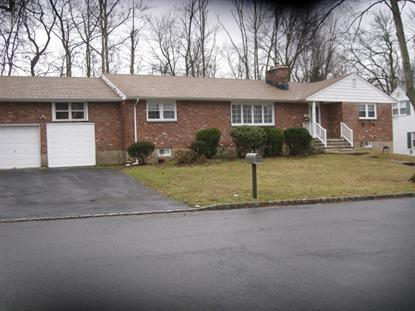32 Green Ave, Roseland, NJ