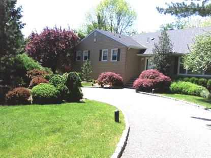 6 Coventry Rd, Livingston, NJ 07039