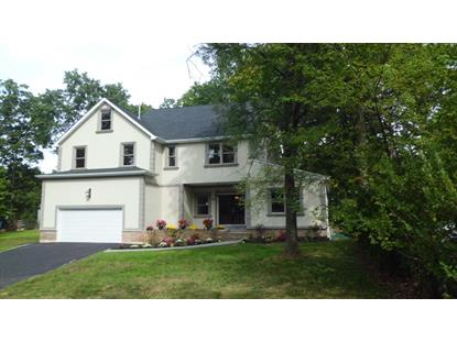 8 Carteret Rd, Livingston, NJ 07039
