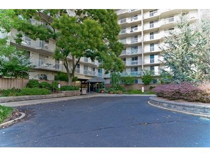 Real Estate for Sale, ListingId: 33068377, Edgewater,NJ07020