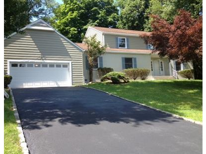 146 Gould Ave, North Caldwell, NJ 07006