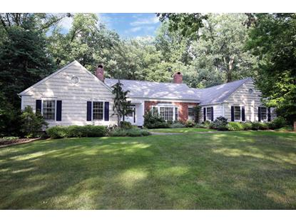 9 Holton Ln, Essex Fells, NJ 07021