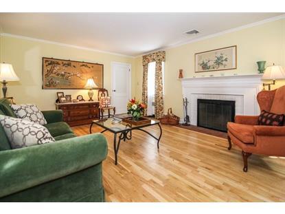20 Essex Rd, Maplewood, NJ 07040