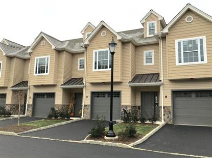 18 North Ridge Circle  East Hanover, NJ MLS# 3260513