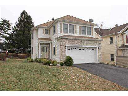32 Oaktree Ln  Bloomfield, NJ MLS# 3279003