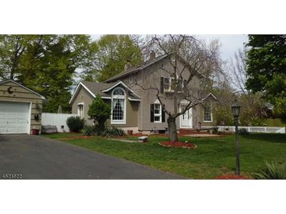 2 Essex Ct, Livingston, NJ 07039