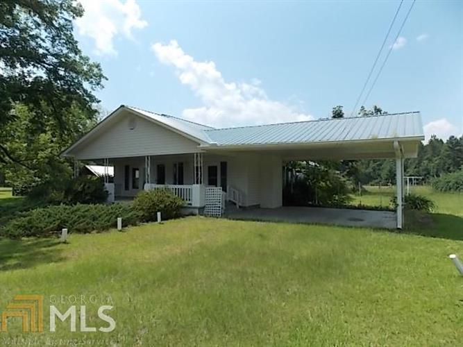 2916 Edgar Hodges Rd, Claxton, GA 30417