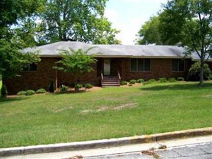 211 N COLLEGE ST , Claxton, GA