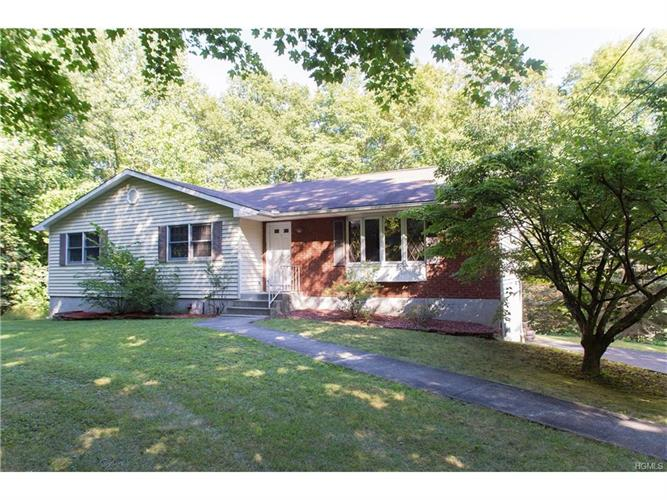 190 Schlueter Drive, Hopewell Junction, NY 12533