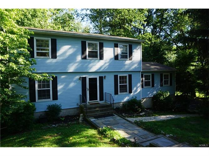 29 Willow Drive, Hopewell Junction, NY - USA (photo 1)