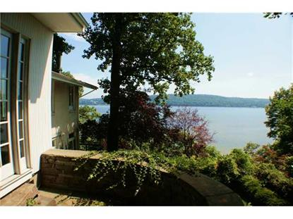 40 Lawrence Lane, Palisades, NY
