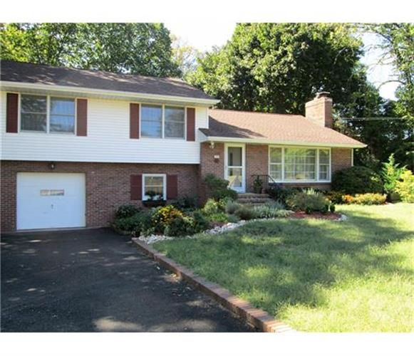 145 Bunker Hill Road, Princeton, NJ 08540