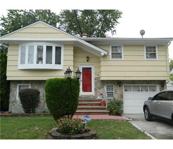 115 Edward St, Iselin, NJ 08830