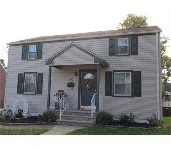 608 King George Rd, Fords, NJ 08863