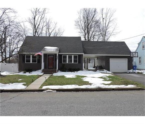 254 Summit Ave, Fords, NJ 08863