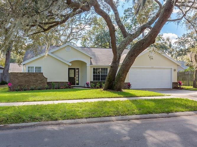1332 American Elm Dr, Altamonte Springs, FL 32714
