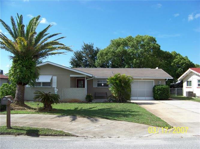 7541 Briarwood Dr, Port Richey, FL 34668