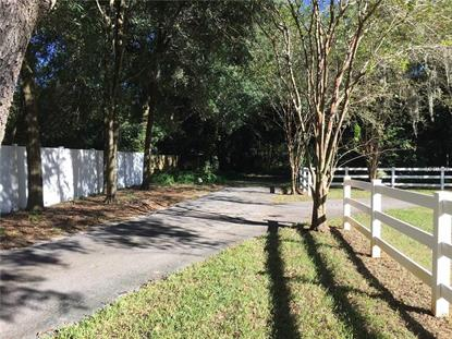 2112 CANTER WOODS LN Valrico, FL MLS# T2826873