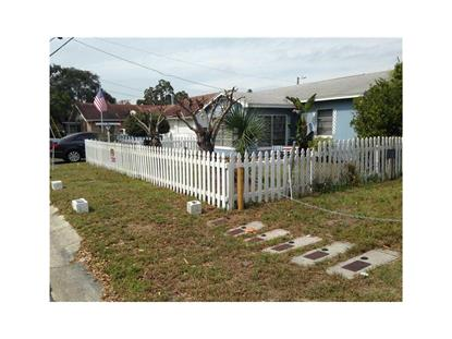 424 JAMES ST  Dunedin, FL MLS# U7612377
