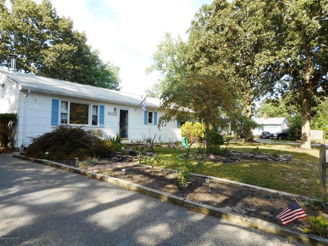 1341 1st Avenue, Toms River, NJ 08757