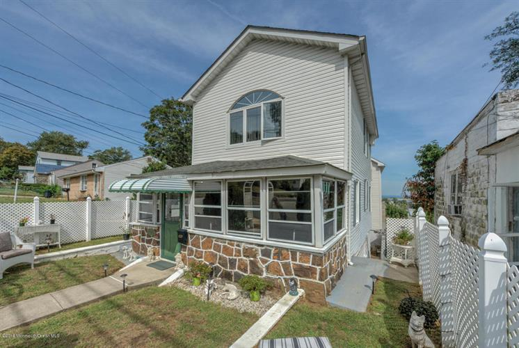 182 State Route 36, Highlands, NJ 07732