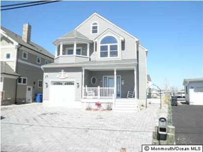 34 Bay Point Dr, Toms River, NJ 08753